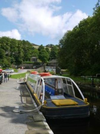 Standedge Tunnel & Visitor Centre: The trip barge.