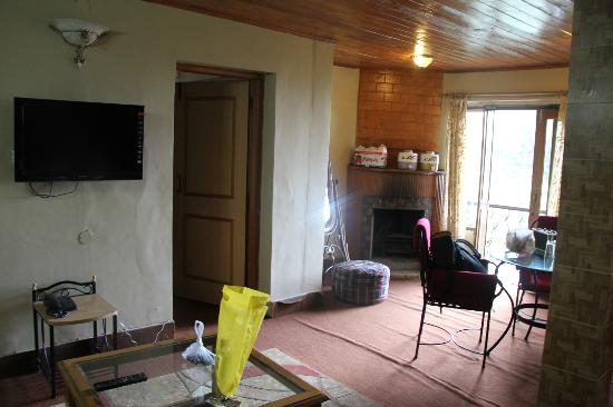 Hotel Emerald Heights: cottage room