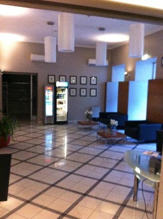 PK Ilmarine Hotel: La reception.
