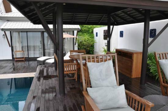 Anantara Bophut Koh Samui Resort: Gazebo by the pool