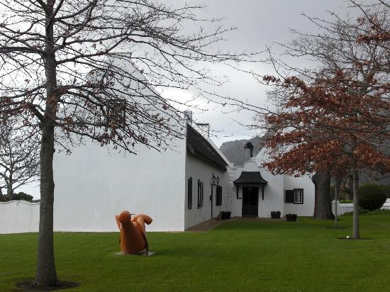 Steenberg Hotel: Historical building
