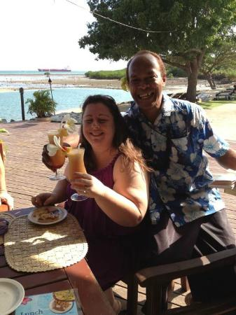 Anchorage Beach Resort: Tania and Clive