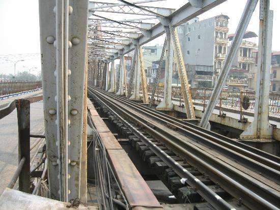 Long Bien Bridge : Pont Long Bien