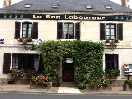 Auberge du Bon Laboureur: Entrance to the hotel