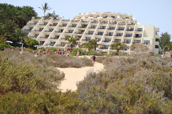 SBH Crystal Beach Hotel & Suites : vue hotel de la plage