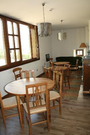 Hotel Restaurante El Lacayo de Sestiello: Salón común