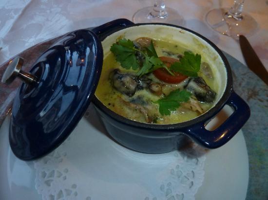 Restaurant l'Escargot Qui Tette : cassolette d'escargot