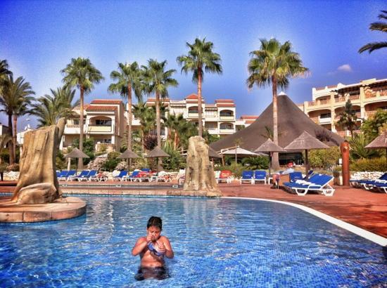 CLC San Diego Suites: Swimming Pool