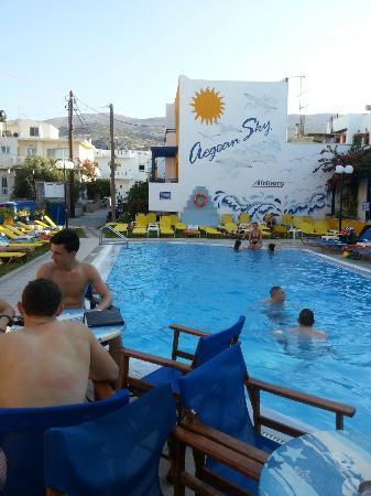 Aegean Sky Hotel & Suites: Pool