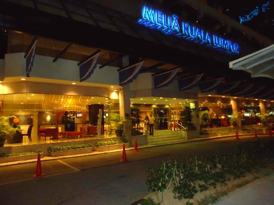 Melia Kuala Lumpur : View from outside
