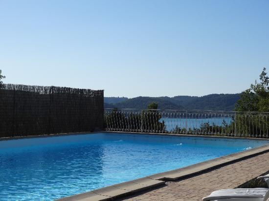Hotel Les Cavalets : Espace piscine