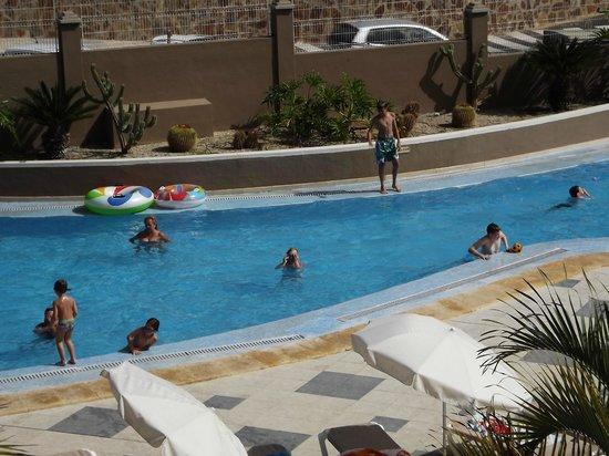 Saint George: pool area