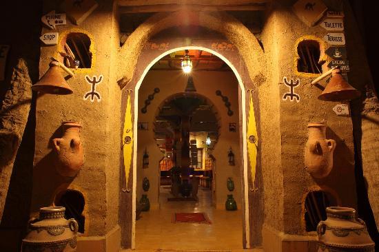 Restaurant Cafe Fatima: Cafe fatima restaurant in merzouga (hassilabied)