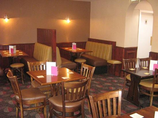 The Black Bull: Restaurant