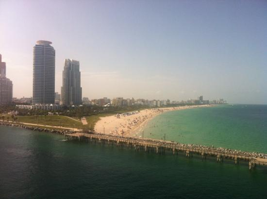 Pelican Hotel : south beach, Miami. view from cruiseship.