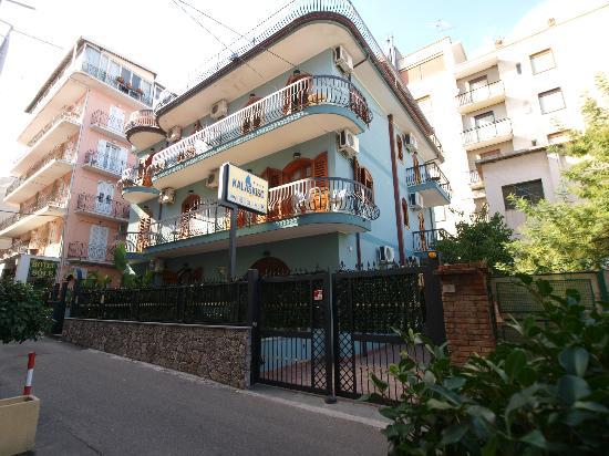 ApartHotel Kalaskisò: hotel