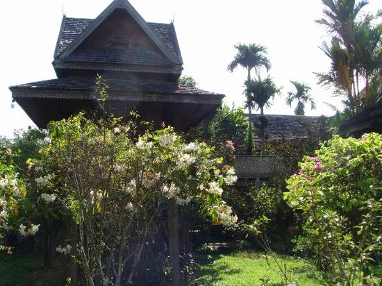 Jaiya Mongkol Bed and Breakfast: Jaiya Mongkol - traditional Thai style buildings