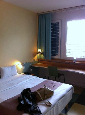 ibis Luzern Kriens: Inside the room