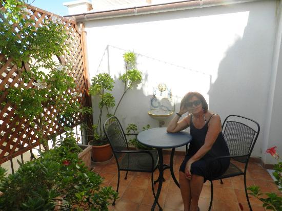 la nostra camera - Picture of B&B Terrazze di Montelusa, Agrigento ...