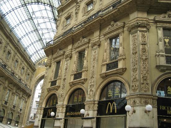 Shops In Galleria Bild Fran Galleria Vittorio Emanuele Ii Milano