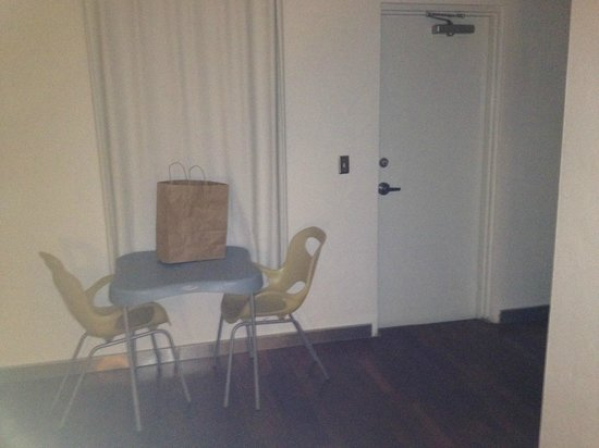 Aqua Hotel and Suites : backdoor was locked and window had no view