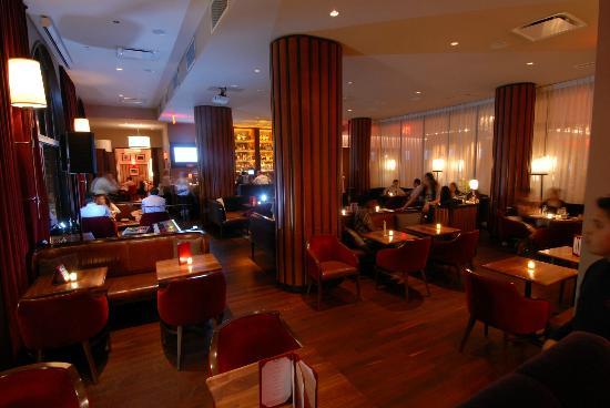 Opia's Lounge