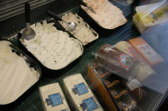 Michael's Deli: Yummy stuff to spread on bagels
