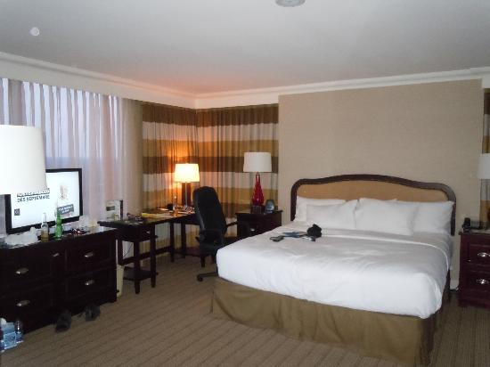 Hilton Niagara Falls/Fallsview Hotel & Suites : la chamdre 5310