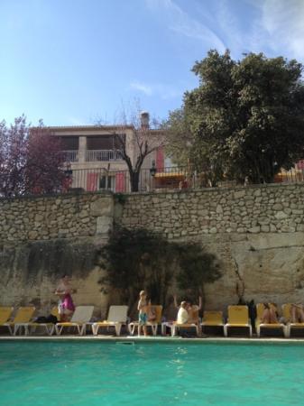 La Peiriero: vue de la piscine