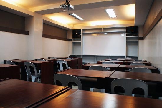 La Gloria Residence Inn: Conference Room