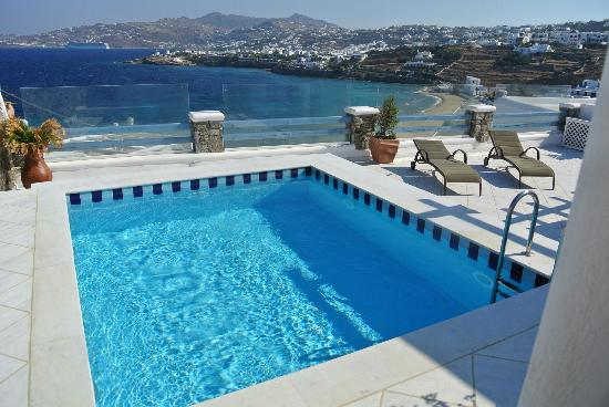 Grand Beach: Private Pool with view
