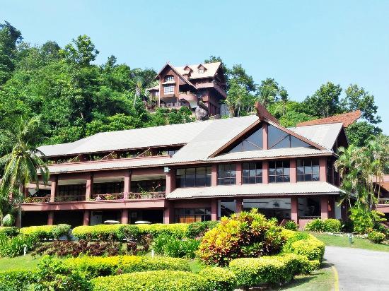 Entrance - Berjaya Tioman Resort: 09