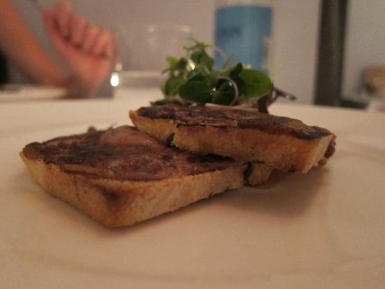 The Restaurant at Drakes: Course 4: Port and Stilton toast