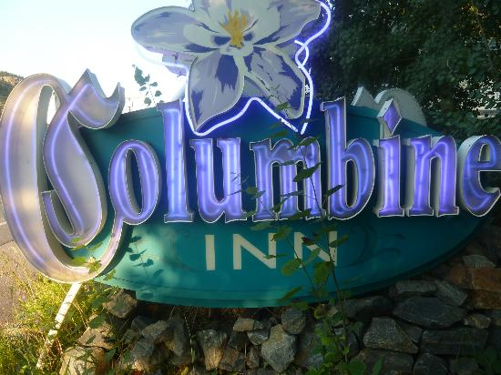 Columbine Inn: entrance