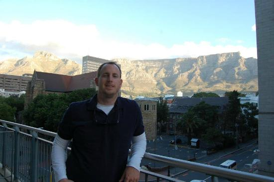 Mandela Rhodes Place Hotel & Spa: On our private balcony, hello Table Mountain!