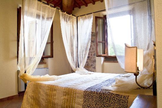 Agriturismo Podere Bellaria: Rosmarino-bedroom