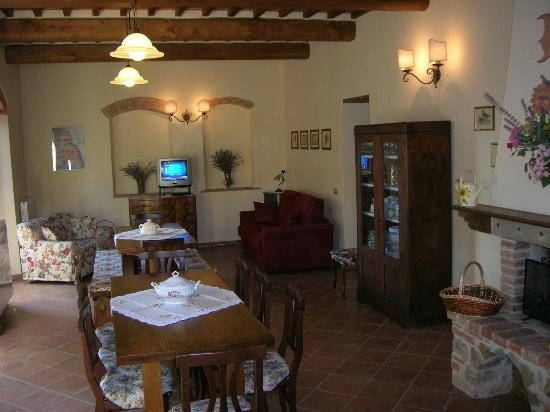 Agriturismo Podere Bellaria: Main living room