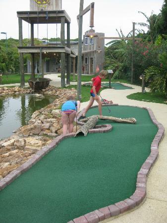The Verandah Resort & Spa - All Inclusive : Mini Golf Course at Verandah