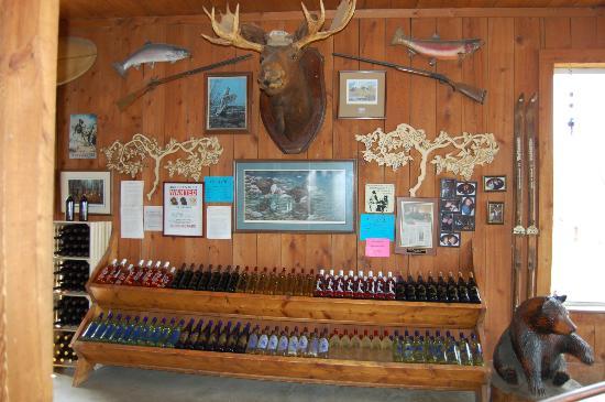 Bagley's Poplar Ridge Vineyards : Moose