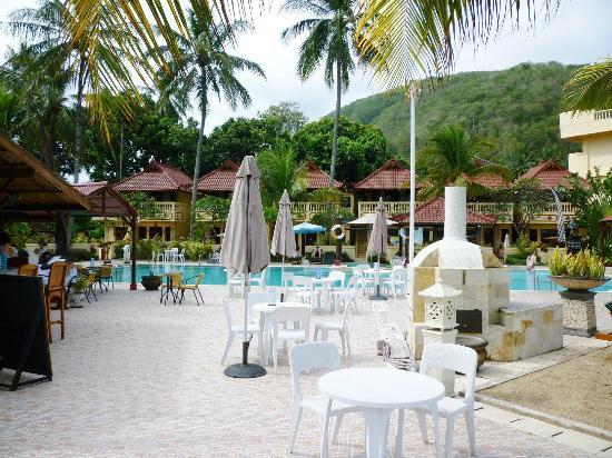 Bali Palms Resort: près de la piscine