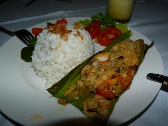 Bali Nibbana Resort : Fisch im Banana-Leaf