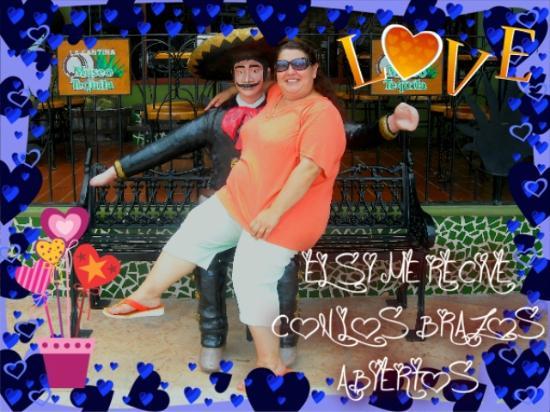 Marina Fiesta Resort & Spa: EN LOS CABOS TE RECIBEN CON LOS BRAZOS ABIERTOS