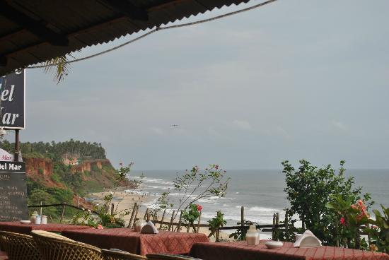 ‪‪Maadathil Cottages‬: Varkala Cliffs