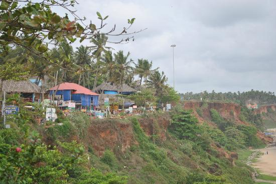 Maadathil Cottages: Varkala Cliffs