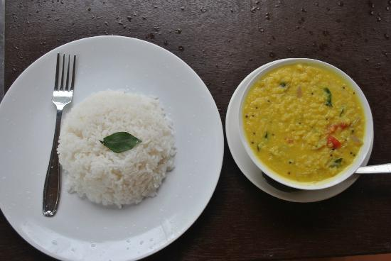 ‪‪Maadathil Cottages‬: Maadathil Cottages - dal and rice