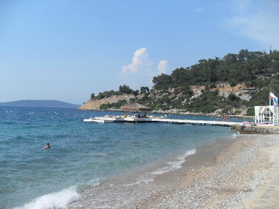 Litera Altinel Hotel: Beach
