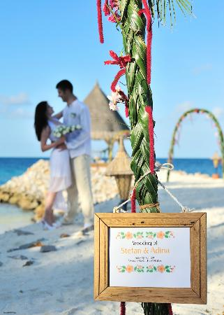 Vivanta by Taj Coral Reef Maldives: wedding ceremony @ vivanta by taj