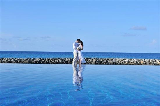 Vivanta by Taj Coral Reef Maldives: our wedding