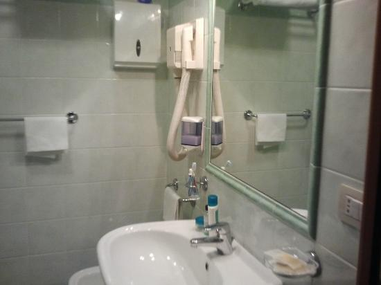 Hotel Marsala: bagno