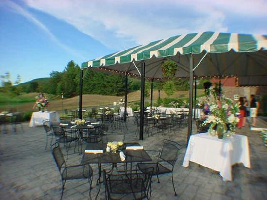 Willie Dunn's Grille: fantastic outside dining
